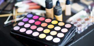 Photo de produits de maquillage