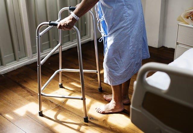 Santé des seniors: les principales maladies liées à l'âge