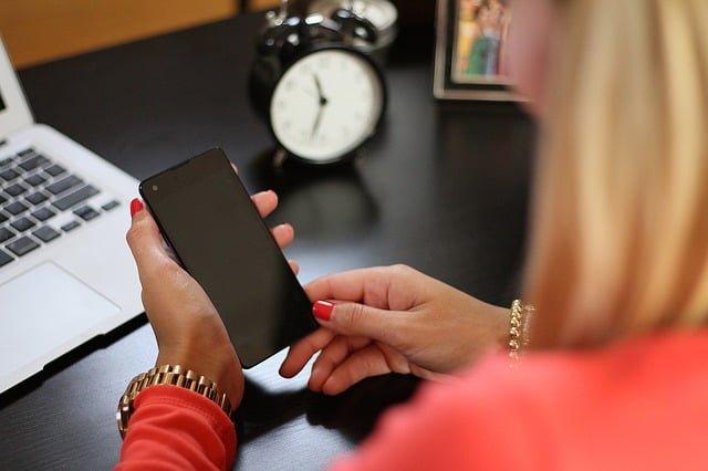 télécommunication,  télémédecine pour personnes âgées