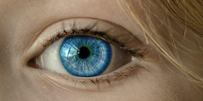 Les dangers liés au port de lentilles de contact