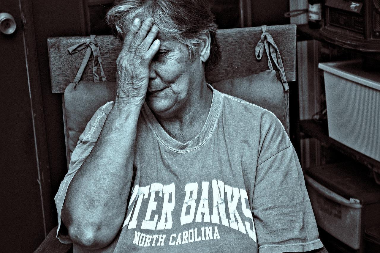 maltraitance des personnes âgées