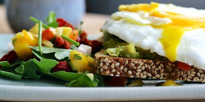 Petit-déjeuner hyperprotéiné : 5 recettes pour maigrir