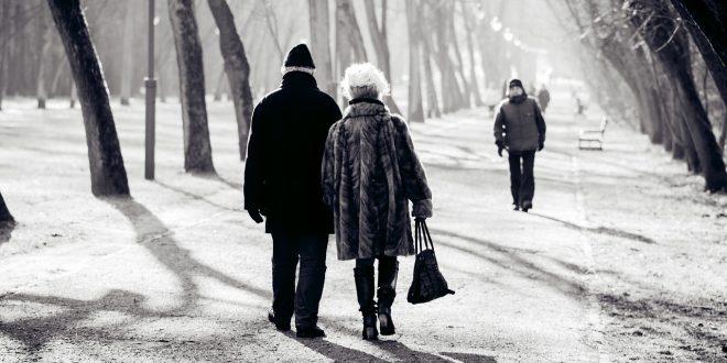Préserver la santé des seniors en hiver, que faire?