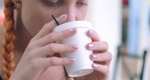 les avantages de boire de l'eau chaude sur la santé